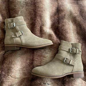 BP Riley Flat Taupe Buckle Boot